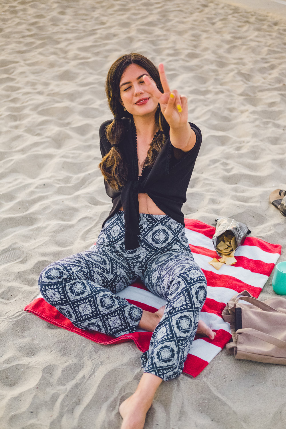 Rachel Off Duty: Woman at the Beach in Los Angeles