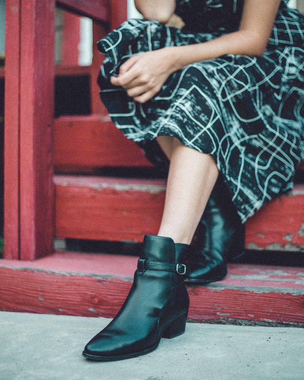 Rachel Off Duty: Pointed Toe Ankle Boots